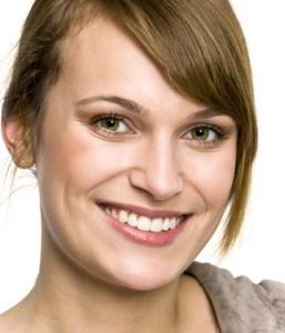 Star mit weissen Zähnen